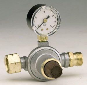 Reguleeritav manomeetriga gaasiregulaator